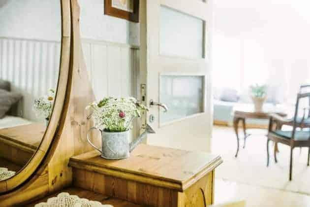 Pikkuhuoneen-peili