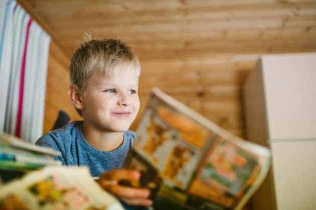 Lapsi-lukee